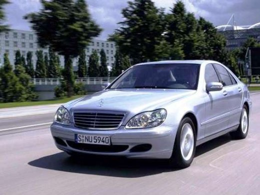 Mercedes benz s500 used car prices hong kong for Mercedes benz average price