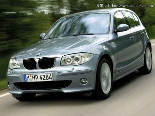 2010 BMW 120I Online Average Sale Price HKD$118,545