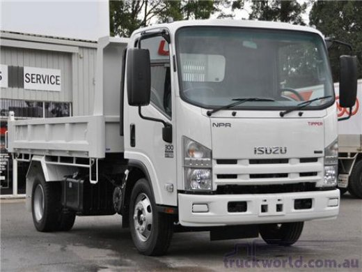 2008 ISUZU NPR 5.2(5.5TONS) Online Average Sale Price HKD$272,667