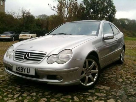 Mercedes benz used car prices hong kong for Mercedes benz average price